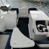 picnic-boat-steering